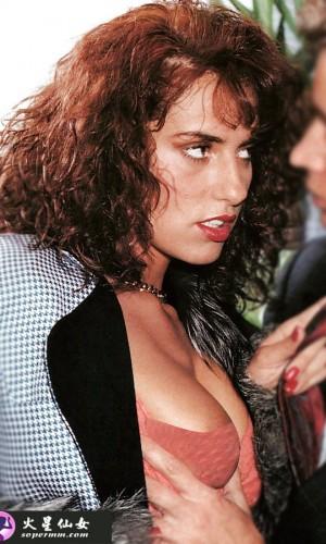 Simona Valli(西蒙·纳瓦利)