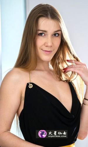 Alexis Crystal(亚历克西斯·克里斯特尔)
