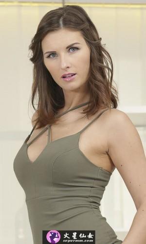 Jennifer Jane(詹妮弗·简)