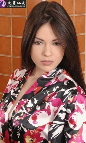 Ava Dalush(艾娃·达卢沙娃)